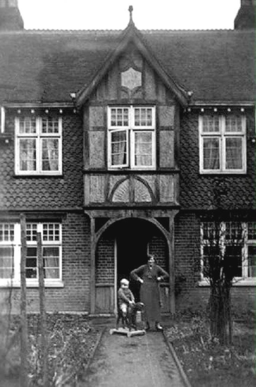 Hoadlands Cottages, Handcross