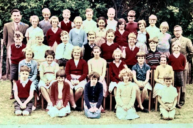 Handcross Primary School, Class photograph
