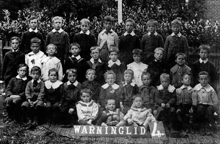 Warninglid school 1905
